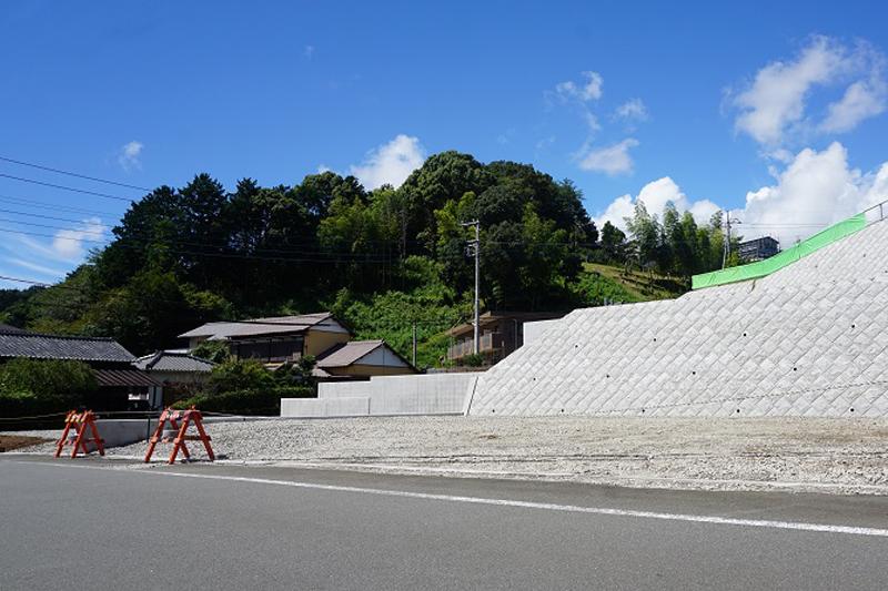 【D区画】前面道路6mで余裕ある道幅の4区画分譲地